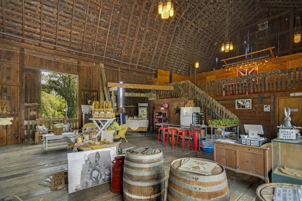Cayuga Ridge Winery